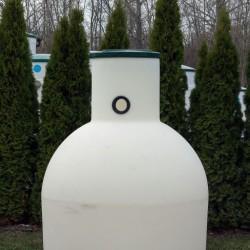 podzemná plastová nádrž vyrobená z prvotriedneho polyetylénu technológiou rotačného...