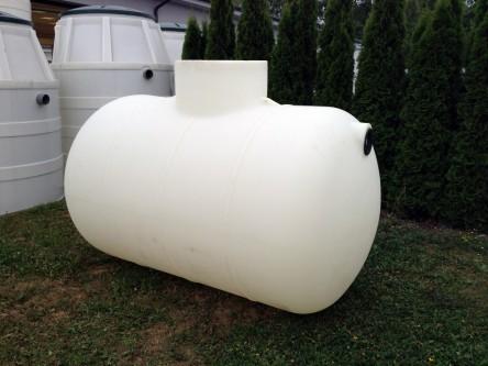 horizontálna podzemná plastová nádrž